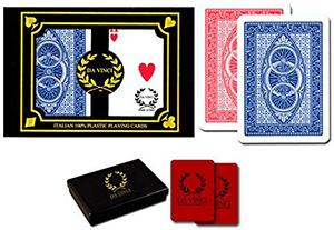 Da Vinci Ruote cards featuring the red and blue backs as well as their hard case